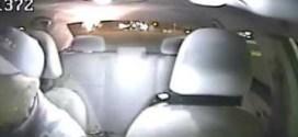 فيديو: سائق أجرة يتعرض لإطلاق النار ويهرب بأعجوبة !