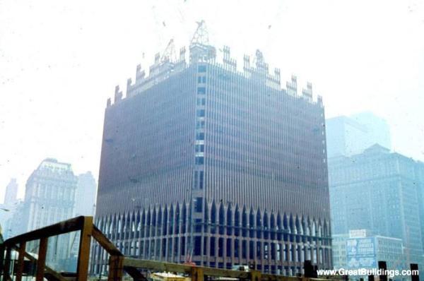 Word Trade Center under construction