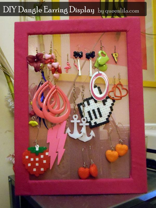 queenlila-dangle-earring-display-main004