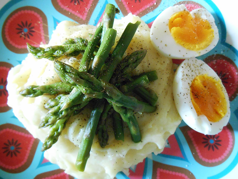 Queen Lila Asparagus and Mash (2)