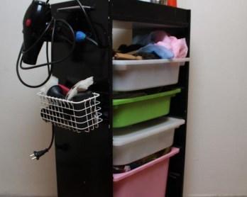 Queen-Lila-IKEA-hack-beauty-station (1)