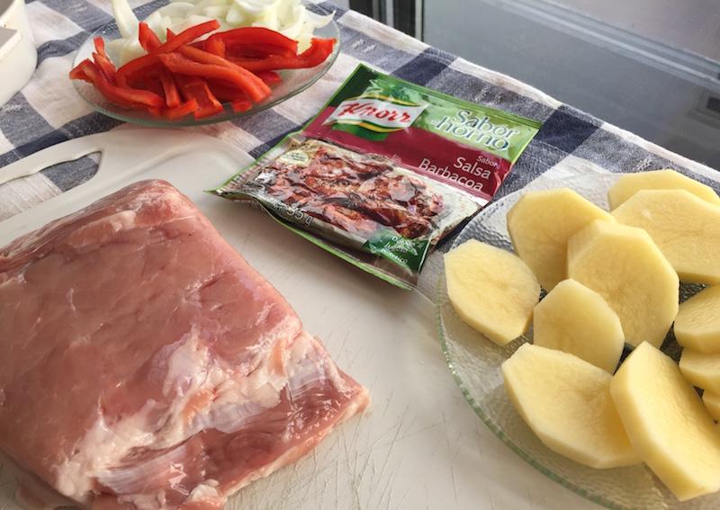 Carré de cerdo deshuesado a la barbacoa con bolsas Knorr