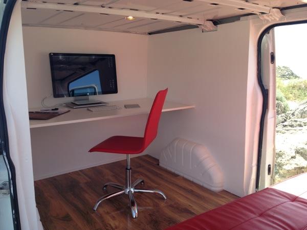 Combi-Oficina: Trabajar y viajar al mismo tiempo