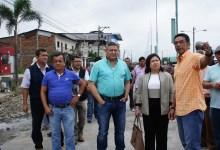 Autoridades municipales verifican la construcción de obras