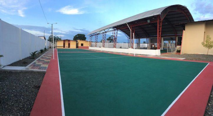 foto 1 - inauguran coliseo en La Esperanza