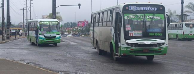 Verifican que buses urbanos que cumplieron su vida útil dejen de circular