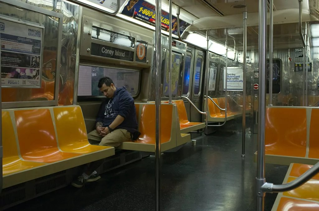 Metro de Nueva York (supervivencia)