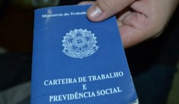 Carteira de Trabalho rasurada: lei prevê indenização