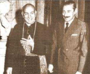 Bergoglio & Videla (head of the Junta)