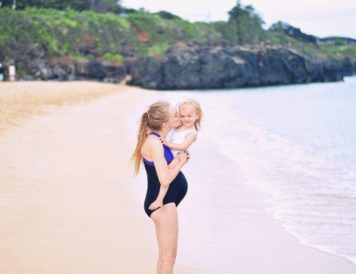 Family day at Waimea Bay Beach Park by Rachael Burgess