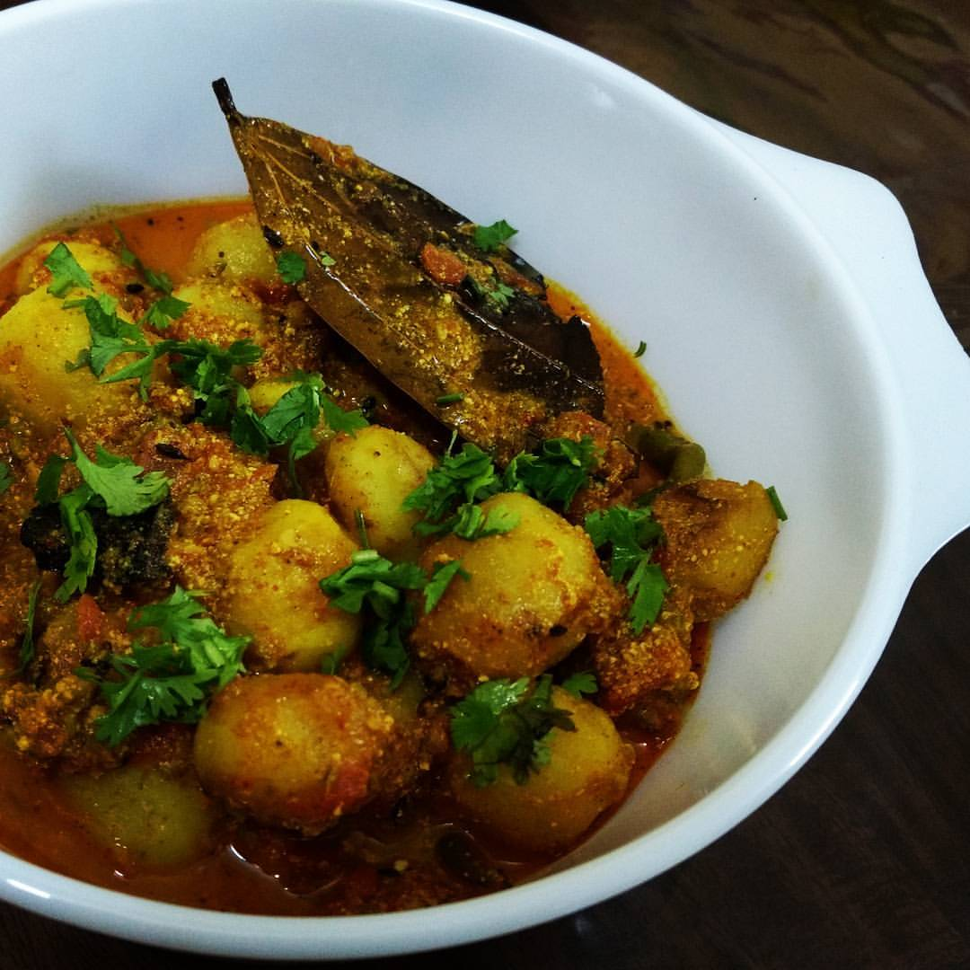 Dum Aloo UP Style Recipe