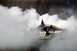 2011_NHMS_July_NSCS_Race_Newman_Donuts