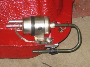 Fuel filter and pressure regulator