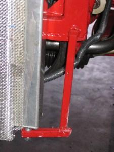 Lower left radiator support