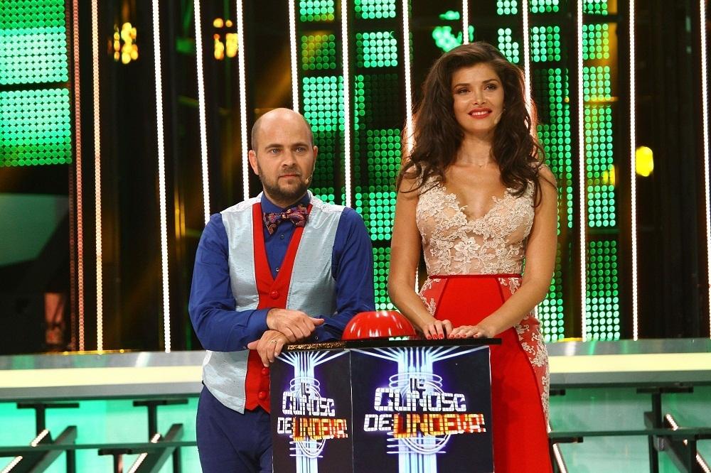 Alina Puscas si Cosmin Selesi TE CUNOSC DE UNDEVA
