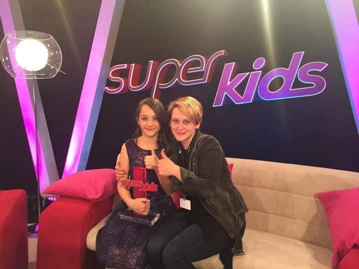 """De pe scena """"Next Star"""", în show-urile de talente din Germania și SUA: Daria Văcăroiu a câștigat concursul """"Super Kids"""" din Germania"""