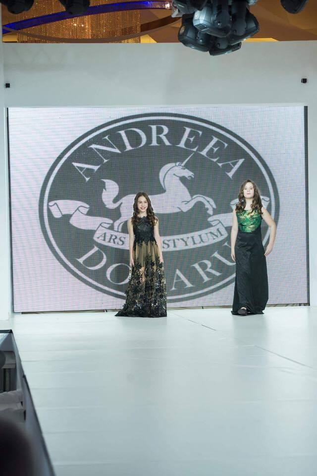 Gemenele lui Nicușor Stan au defilat la Bucharest Fashion Week (galerie foto)