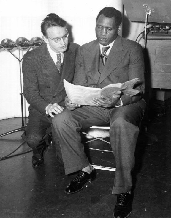 Earl Robinson and Paul Robeson rehearsing for Ballad for Americans in 1939.