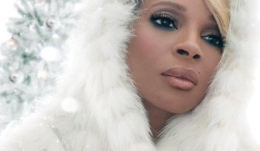 mary j Mary J. Blige Is Set To Release Her First Christmas Album With Legendary Producer David Foster
