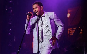 maxwell essence festival 2013 lead alt 300x186 Over 540,000 Attendees Descend Upon New Orleans for the Essence Festival