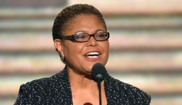 karenbass CONGRESSWOMAN KAREN BASS ON WHAT INSPIRED HER TO RUN FOR PUBLIC OFFICE