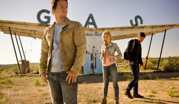 hr Transformers  Age of Extinction 16 Michael Bay Does it Again: Peep The New Transformers Trailer