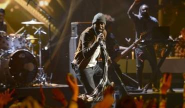 "mali music1 MALI MUSIC'S AMERICAN IDOL PERFORMANCE SPIKES SINGLE SALES OF HIS HIT SONG ""BEAUTIFUL""."