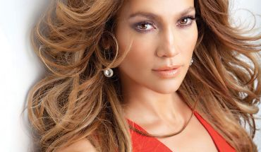 jennifer-lopez_press-2013-650