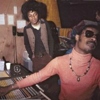 "Want to Hear Stevie Wonder's Live DEMO of the Song He Wrote for MJ, ""I Can't Help It""?"
