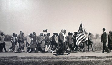 """""""Through the Lens of History: Selma & Civil Rights"""", a 50th-anniversary remembrance of the civil rights march from Selma to Montgomery, featuring the photography of James H. Barker, will be on display at Grand Circle Gallery from September 17, 2015 through January 2, 2016.  Free Admission. Handicap Accessible. Grand Circle Gallery, 347 Congress Street, Boston, MA 02210 617-346-6459 www.gct.com/grandcirclegallery @GC_Gallery (PRNewsFoto/Grand Circle Corporation)"""