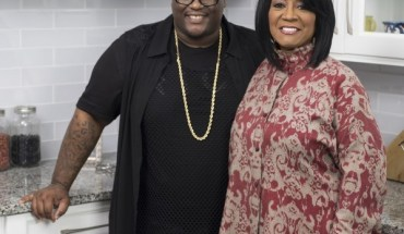 James Wright Chanel and Patti LaBelle from Cooking Channel special Patti LaBelle's Holiday Pies (PRNewsFoto/Cooking Channel)