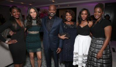 Lamell McMorris (center) with actresses and guests of Alfre Woodards 7th Annual Oscars Sistahs Soiree. (Photo by Todd Williamson, Getty Images) (PRNewsFoto/Perennial Sports and Entertainm)