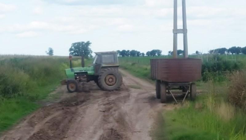 Insólito: robaron un tractor con acoplado