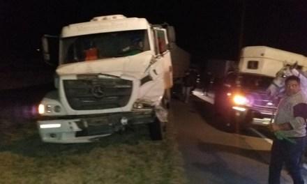 Tortugas: accidente entre dos camiones donde uno trasladaba equinos