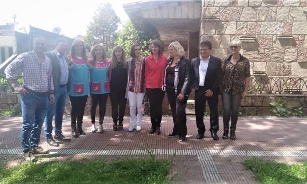 La Ministra Balagué visitó la vivienda que adquiere el Jardín 123