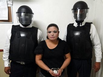 Capturan a mujer que intentó ingresar drogas ocultas en el brassier al Cereso de Obregón