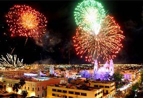 Hermosillenses festejan en calma Grito de Independencia de México