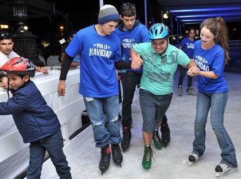 Abren pista de hielo en la Plaza Zaragoza