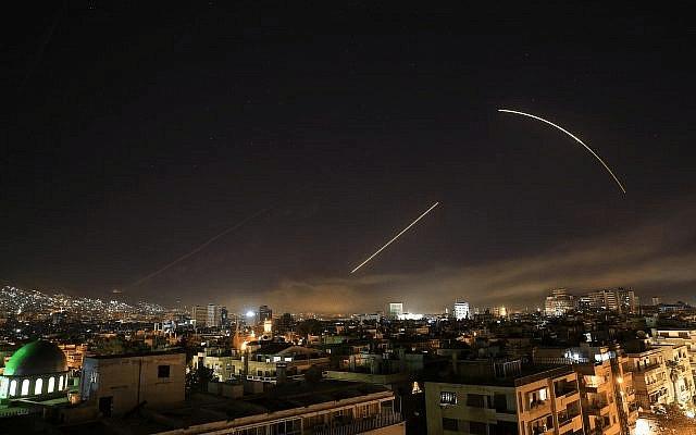 ¿Qué pasó realmente en el ataque a Siria de EE.UU. y aliados?, con Jesús Manuel Pérez Triana