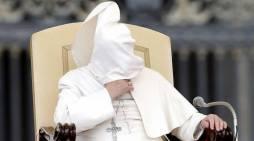Bergoglio si affida all'Islam moderato, che non esiste