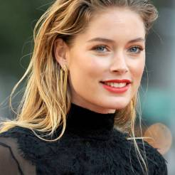 Amber Heard in versione wet look