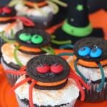 Oreo Stuffed Spider Cupcakes (Halloween Recipe)