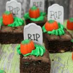 Halloween Brownie Graves