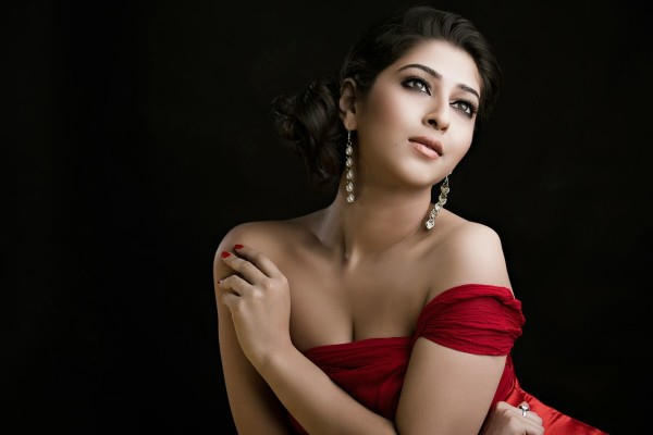 sonarika-bhadoria-contact-9