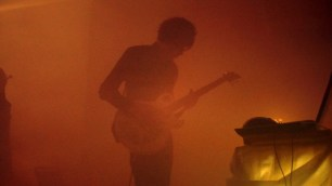 Huey Walker live at Art Cube - Raum für zeitgenössische Kunst, 17. Dec. 2012 (Photo: Enrico Pense)