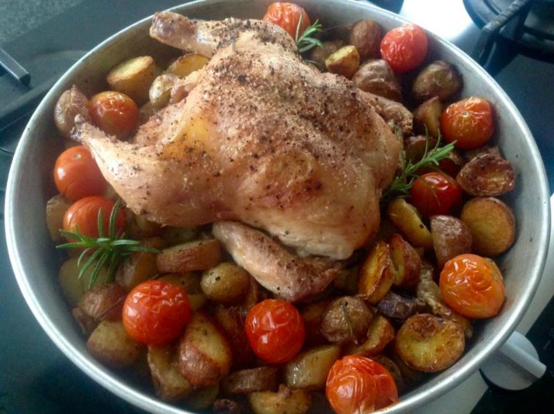 Citroenkip met aardappels uit de oven