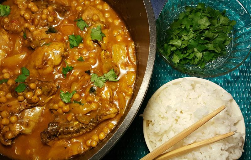 Curry met kikkererwten en kip