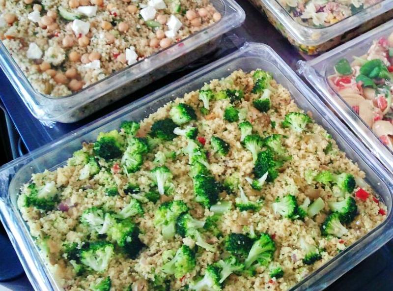 Couscoussalade met broccoli en witlof