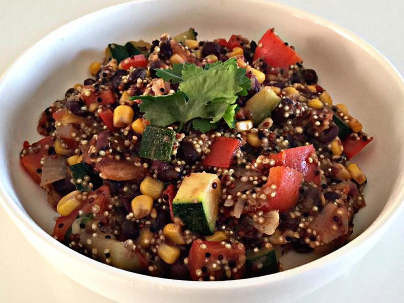 Mexicaanse quinoa met zwarte bonen