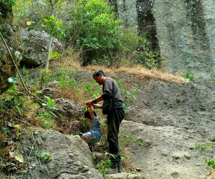 trekking bersama balita